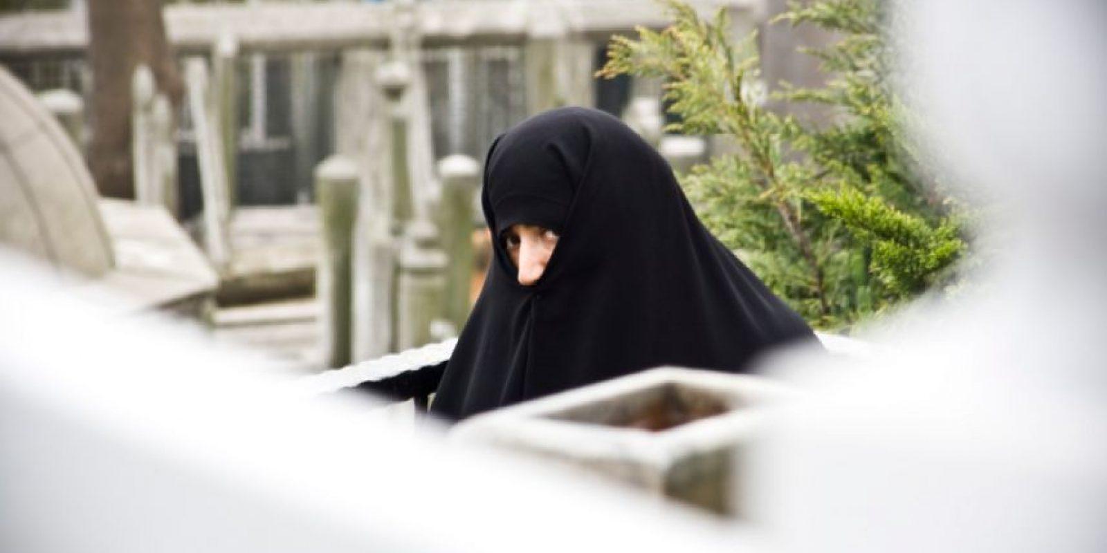 4. Una mujer recibió insultos mientras se transportaba en el metro de Londres, hasta que Ashley Powys, un joven de 22 años la defendió. Foto:Vía flickr
