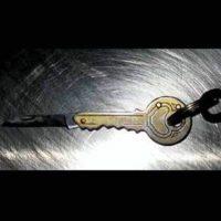 Cuchillo en una llave Foto:Vía Instagram.com/tsa