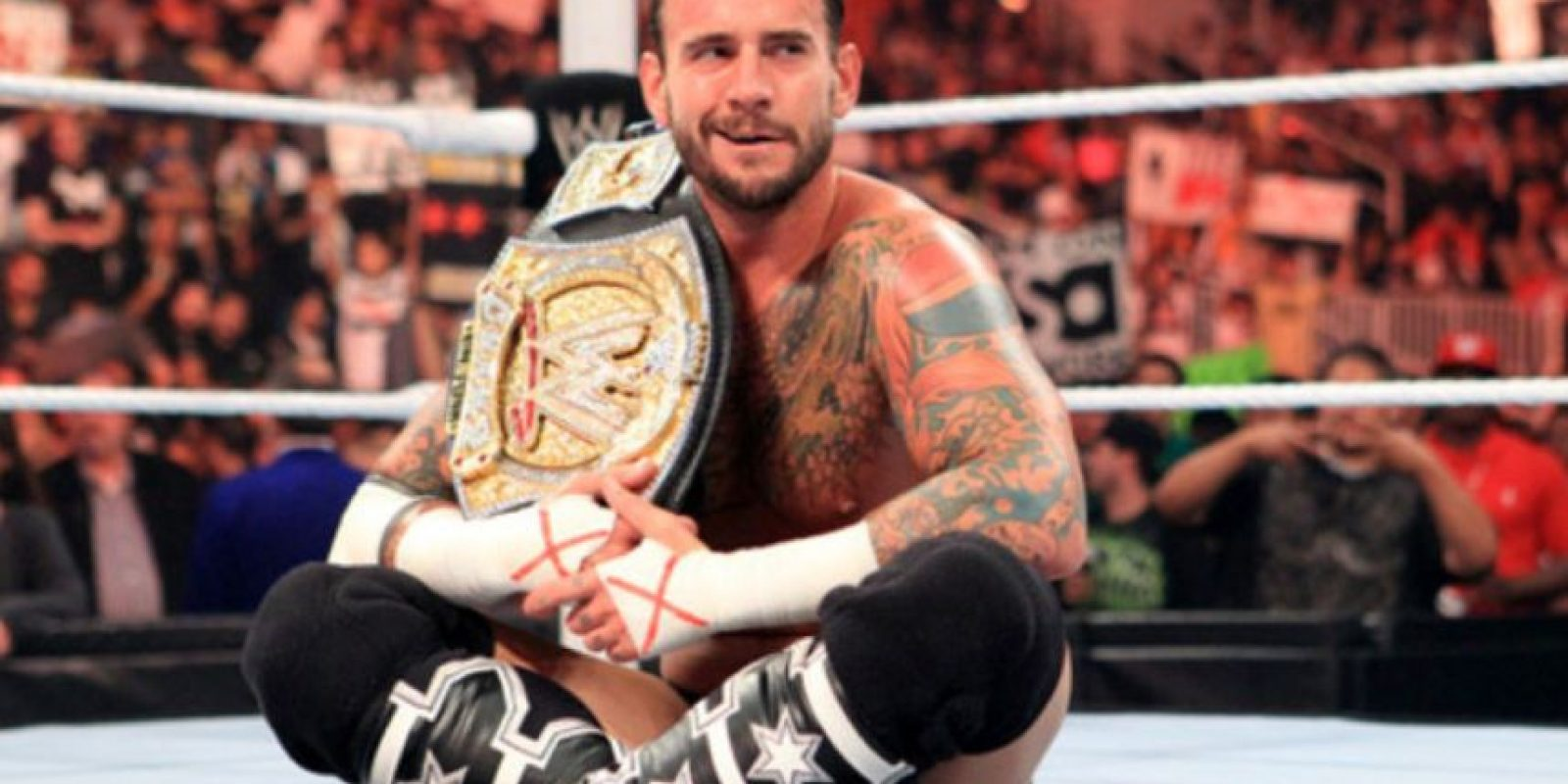 """Venció a Cena en SummerSlam de 2011, pero en esa función cayó con Alberto del Río que cambió el """"Dinero en el Banco"""" Foto:WWE"""