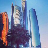Visita frecuentemente, Abu Dabi, una de las ciudades más caras en Emiratos Árabes Unidos. Foto:Vía Instagram/@omarborkan
