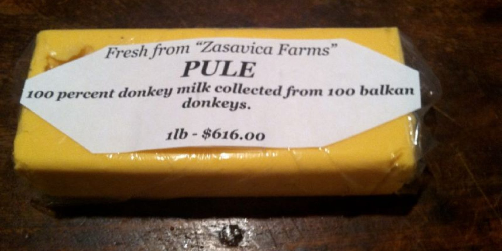 Se necesitan más de 15 burros para producir un litro de leche con el que se elabora. Por eso se debe pagar mil dólares por kilogramo Foto:Vía dingdongsandpolyester.wordpress.com