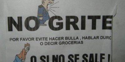 Lo mejor es el muñequito de abajo. Foto:vía Colombianadas.net
