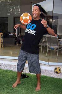 Ronaldinho es uno de los futbolistas más activos en las redes sociales Foto:Vía instagram.com/ronaldinho