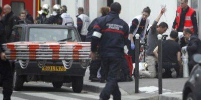 En total fallecieron 12 personas, entre ellos dibujantes y policías. Foto:AP