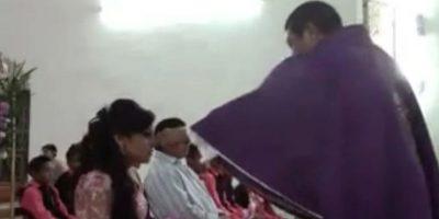 Video: Cura agrede a quinceañera en misa porque no se confesó