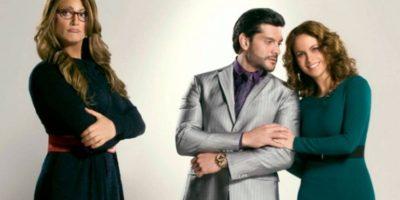Lo que criticaron de esta versión es que se alargara el momento en que Jaime Camil se vestía de mujer. Foto:vía Televisa