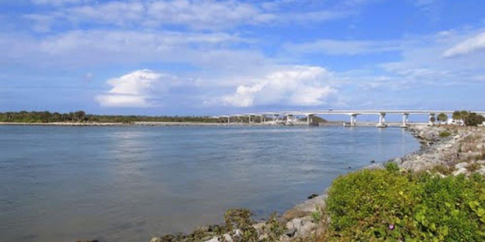 De acuerdo con las autoridades el cuerpo de Matthew Riggins se encontró en Barefoot Bay, Florida. Foto:viewphotos.org