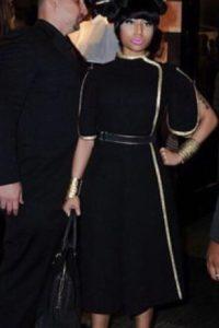 Nicki Minaj con un vestido que sí parecía de contrabando chino y un peinado fatal, para la gala del MET. Foto:vía Getty Images