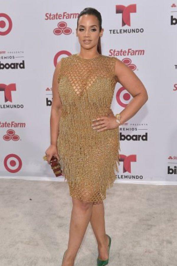 Dasha Polanco debería aprender un poco de Christina Hendricks y vestir con más elegancia un cuerpo como el suyo, que de por sí tiene curvas magníficas. Foto:vía Getty Images