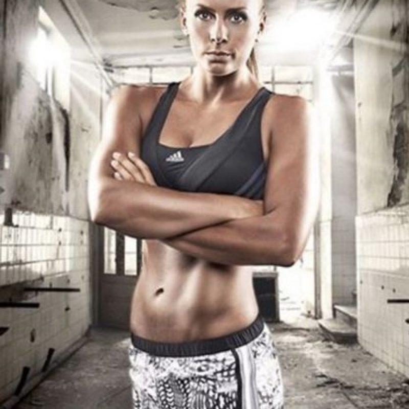 Es integrante de la selección de Suecia. Foto:Vía instagram.com/bellagullden