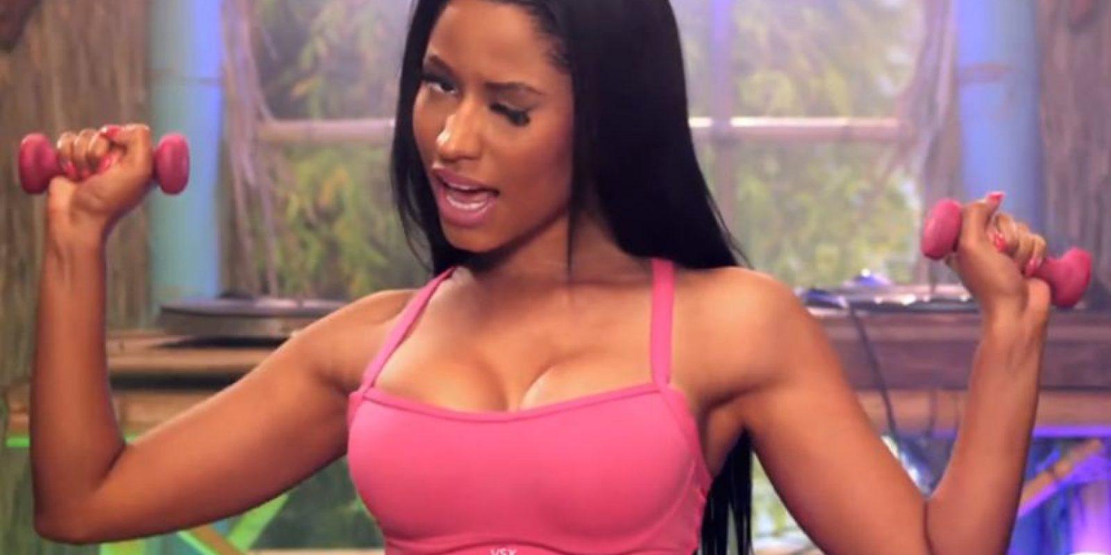 Así como por el volumen de su cuerpo. Foto:vía VEVO/Nicki Minaj