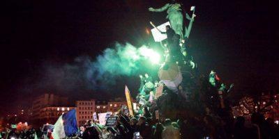 Esto desató una serie de protestas en Francia y el mundo en pro de la libertad de expresión Foto:AFP