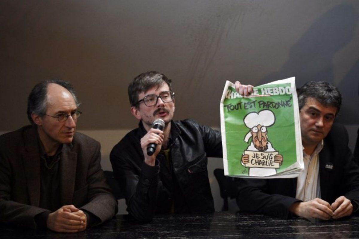"""A pesar de ello, a la siguiente semana publicaron un número especial con la leyenda """"Les perdonamos"""". Foto:AFP"""