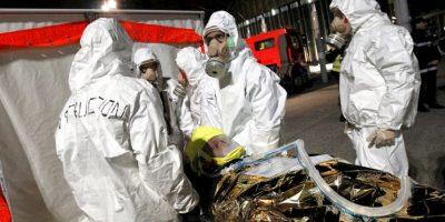 El operativo en Saint Denis, Francia, que terminó don dos muertos y siete detenidos. Foto:AFP