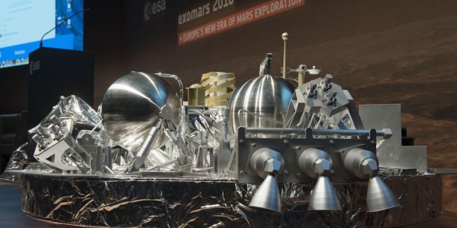Este es el robot Schiaparelli, que desapareció en el suelo marciano. Se cree que se pudo haber destruído Foto:AFP