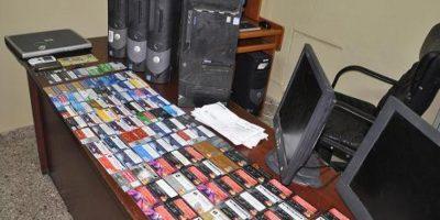 Tarjetas clonadas incautadas por la Policía Foto:Fuente Externa