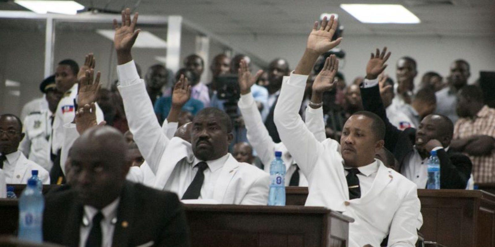Parlamento haitiano mientras votaba para elegir presidente interino. Foto:EFE
