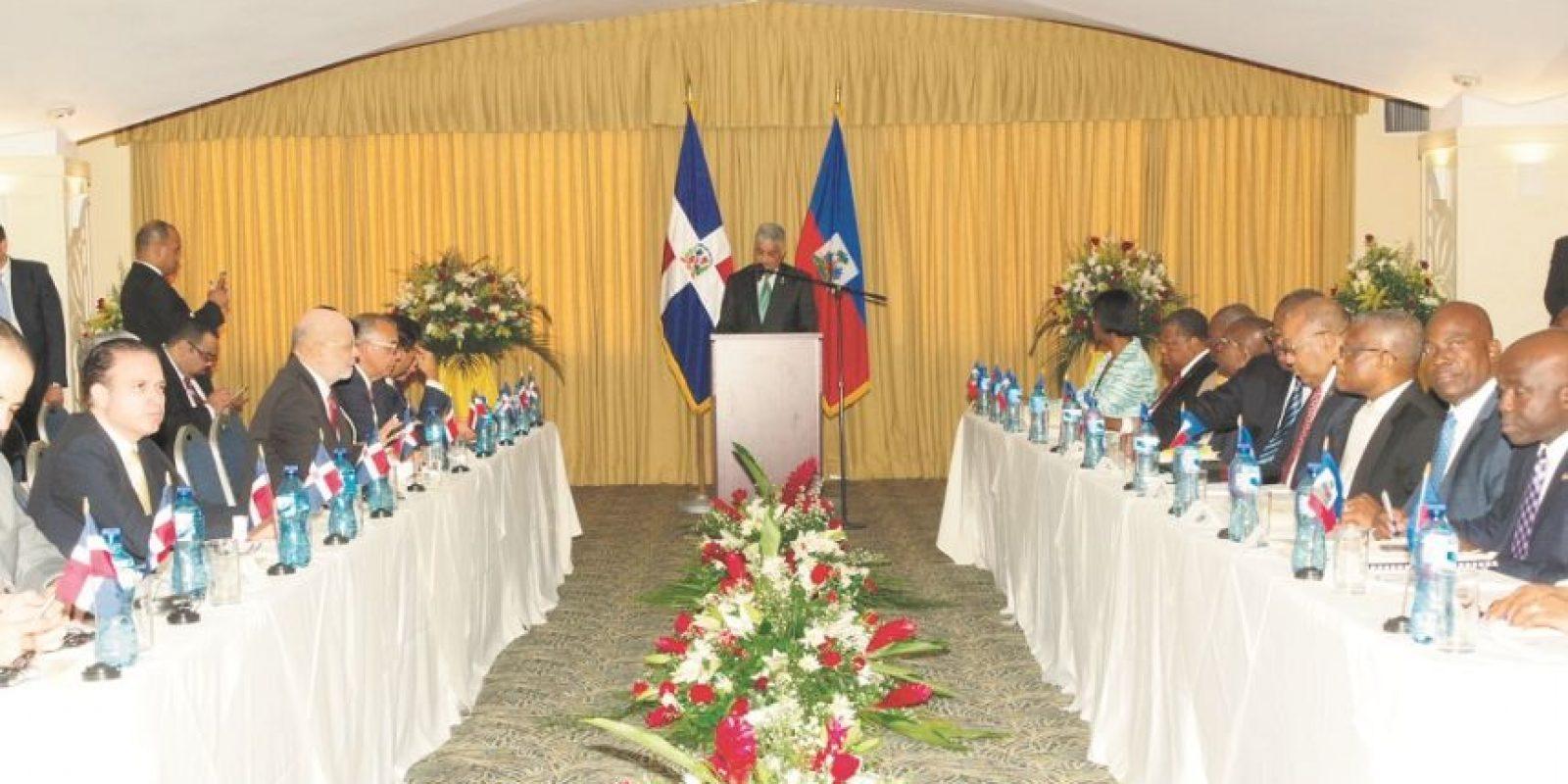 Funcionarios y empresarios de ambos países acompañaron a los respectivos cancilleres. Foto:Fuente externa