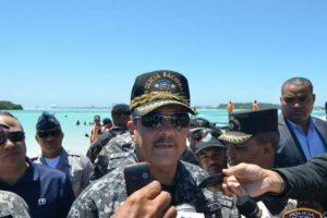 Gerenal Nelson Peguero Paredes en declaraciones a la prensa en playa de Boca Chica Foto:Fuente Externa