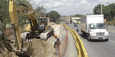 """Obras Públicas interviene varias vías para romper """"cuellos de botella"""". Foto:Roberto guzmán"""