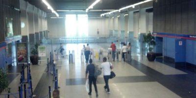 Personas en el Metro Foto:Fuente Externa