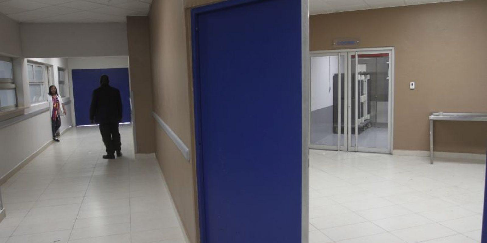 Muestra de la proximidad que existe entre la morgue y la cocina del centro de salud.