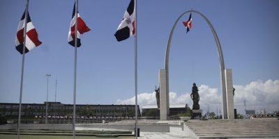 La Bandera, el Escudo y el Himno Nacional, los tres símbolos patrios de República Dominicana. Foto:Roberto Guzmán