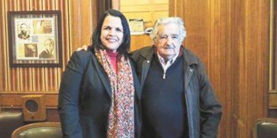 Minou Tavárez Mirabal fue la gran gestora de la visita del exmandatario uruguayo. Foto:gentileza