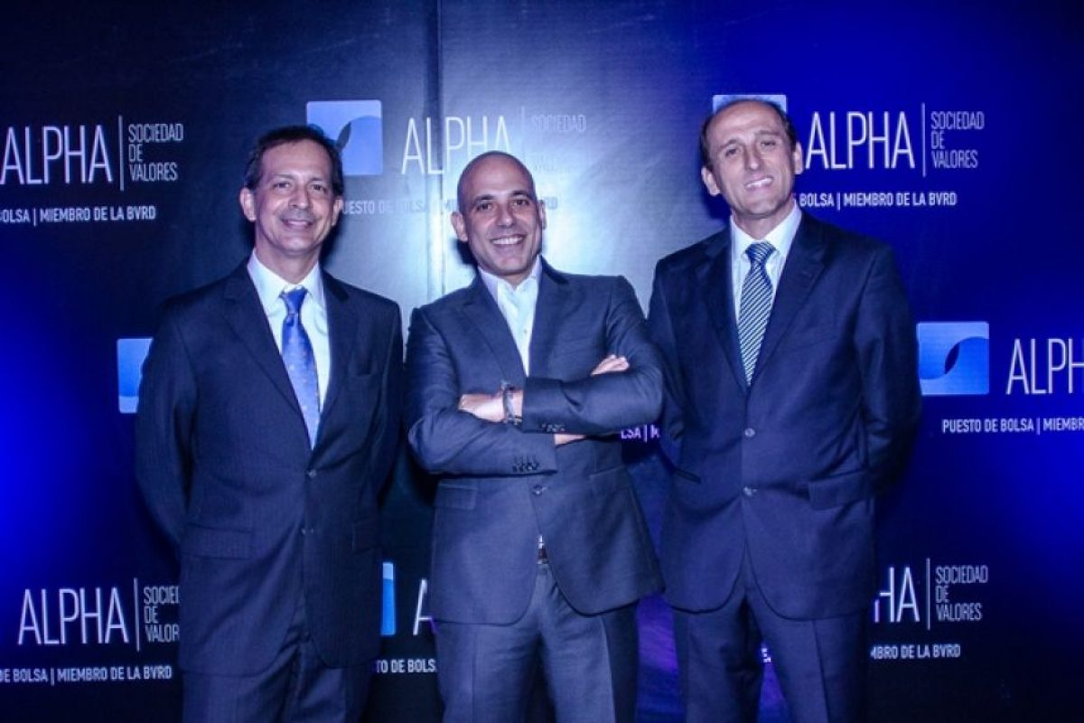 Santiago Camarena, José Yude Michelen W, Juan Manuel Barranco. Foto:Fuente externa