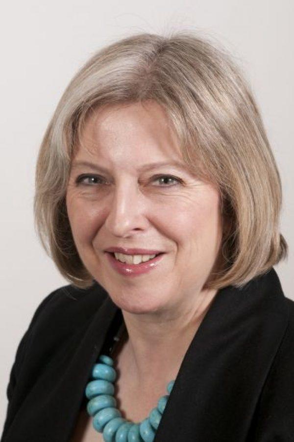 1- Theresa May. La ministra de Interior quería que el país siguiera en la UE pero apenas se manifestó durante la campaña, por lo que no le costará tender puentes con el sector Brexit del partido. Aparece ahora como la candidata de consenso y la favorita para suceder a Cameron. Foto:Fuente externa