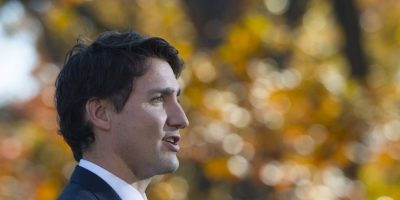 En los que se detallaba que Trudeau tiene 43 años. Foto:AFP