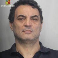 Antonio pelle después de su captura Foto:Twitter.com/poliziadistato/