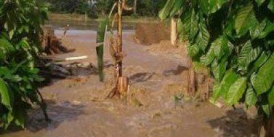 Bajo Yuna en estado crítico por inundaciones