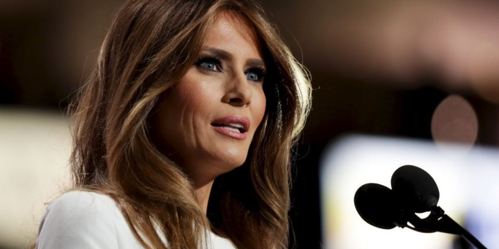 CLEVELAND, OH – JULY 18: Melania Trump, wife of Presumptive Republican presidential nominee Donald Trump, delivers a speech on the first day of the Republican National Convention on July 18, 2016 at the Quicken Loans Arena in Cleveland, Ohio. An estimated 50,000 people are expected in Cleveland, including hundreds of protesters and members of the media. The four-day Republican National Convention kicks off on July 18. (Photo by Chip Somodevilla/Getty Images) Foto: Getty Images