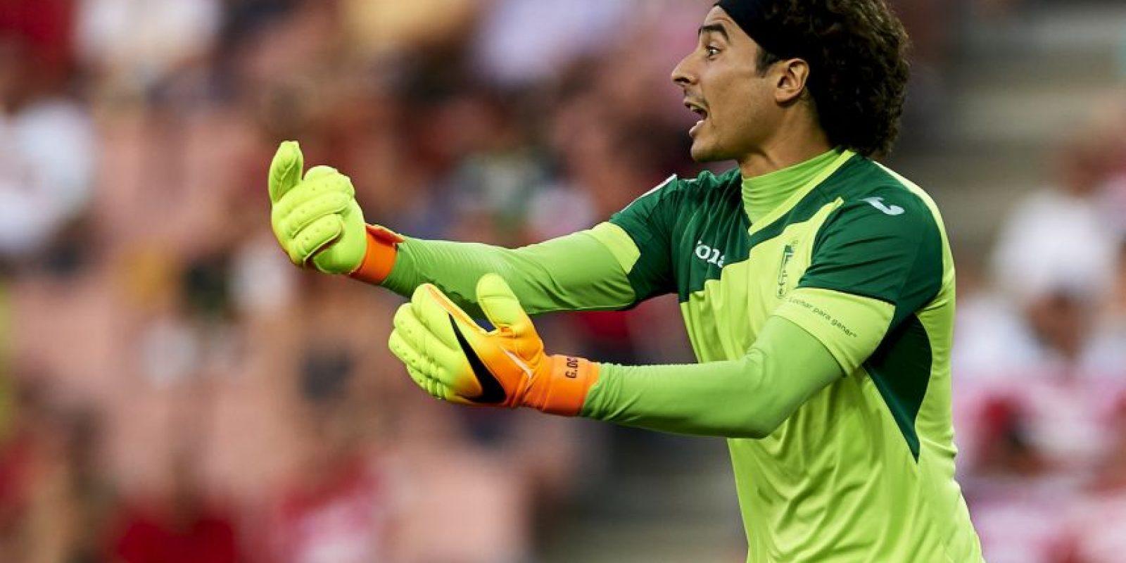Guillermo Ochoa. Aunque ha permitido una gran cantidad de goles, por fin es titular con Granada Foto:Getty Images