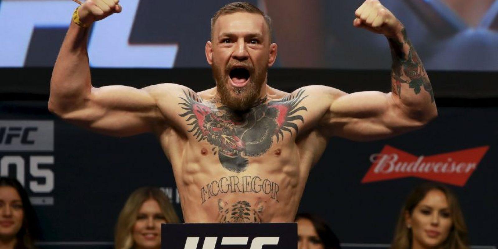 Conor McGregor borró de una foto a una fan y fue trolleado de vuelta Foto:Getty Images