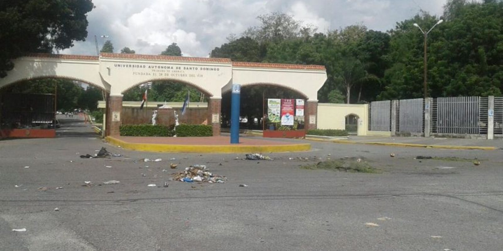 Disturbios en las inmediaciones de la UASD Foto:Fuente externa