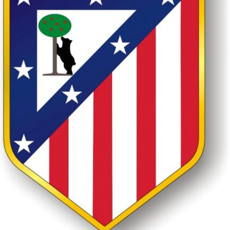 Atlético de Madrid. 'Colchoneros': En tiempos de la posguerra española los colchones estaban cubiertas con franjas rojas y blancas, igual que los colores del equipo
