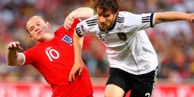 Inglaterra vs. Alemania. Una rivalidad que se vive dentro y fuera de la cancha. El único Mundial que ganó Inglaterra fue ante Alemania con un polémico gol Foto:Getty Images