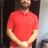 Jugador de rugby ofrece sus servicios en sitio web Foto:Twitter