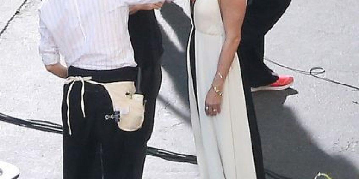 Jennifer Aniston impacta con escote que deja poco a la imaginación