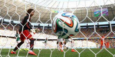 Guillermo Ochoa, el portero que más goles recibe en el mundo