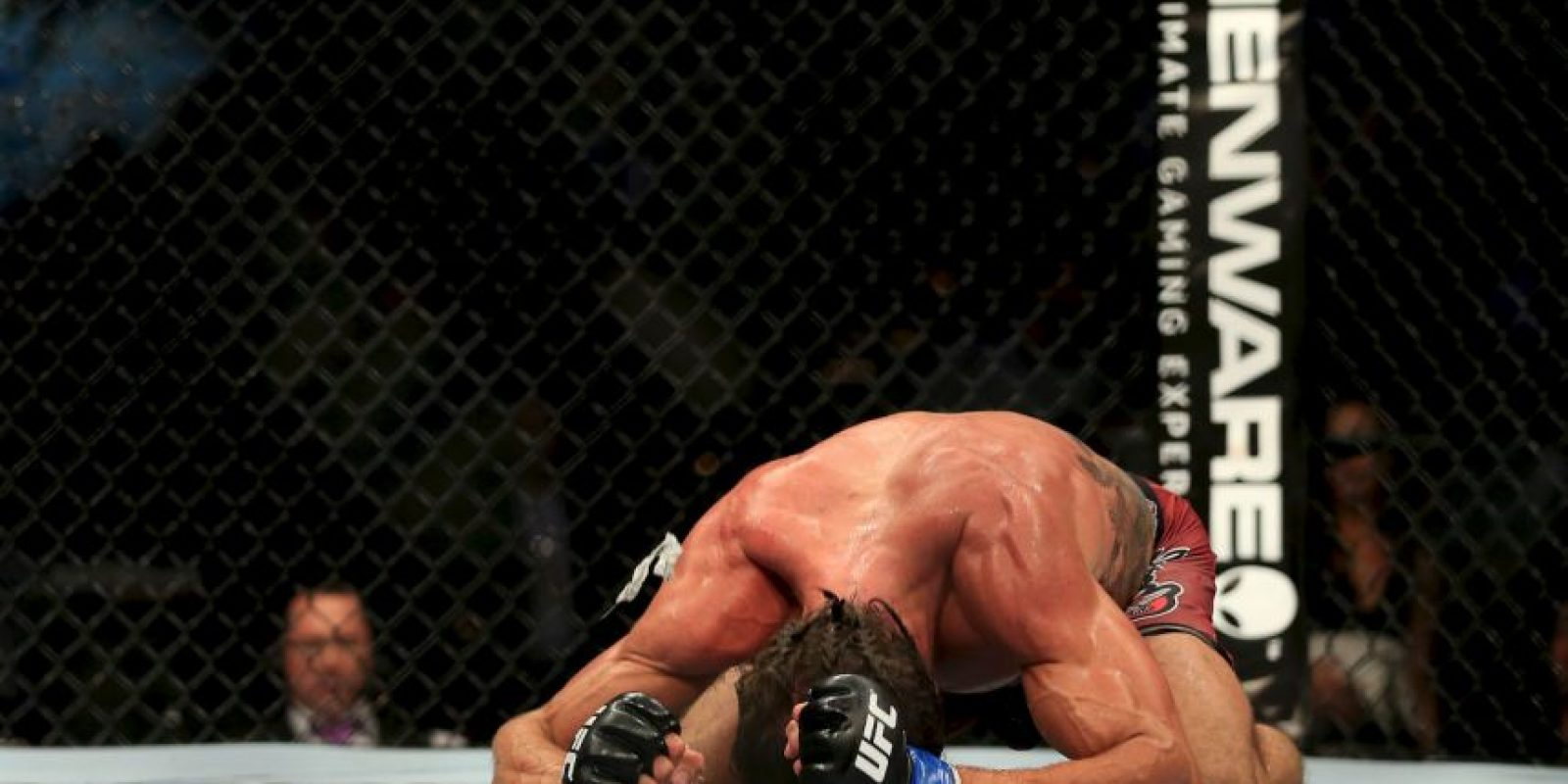 El luchador de la UFC fue encontrado inconsciente en la pieza de su hotel y falleció tras una semana en coma. Foto:Getty Images