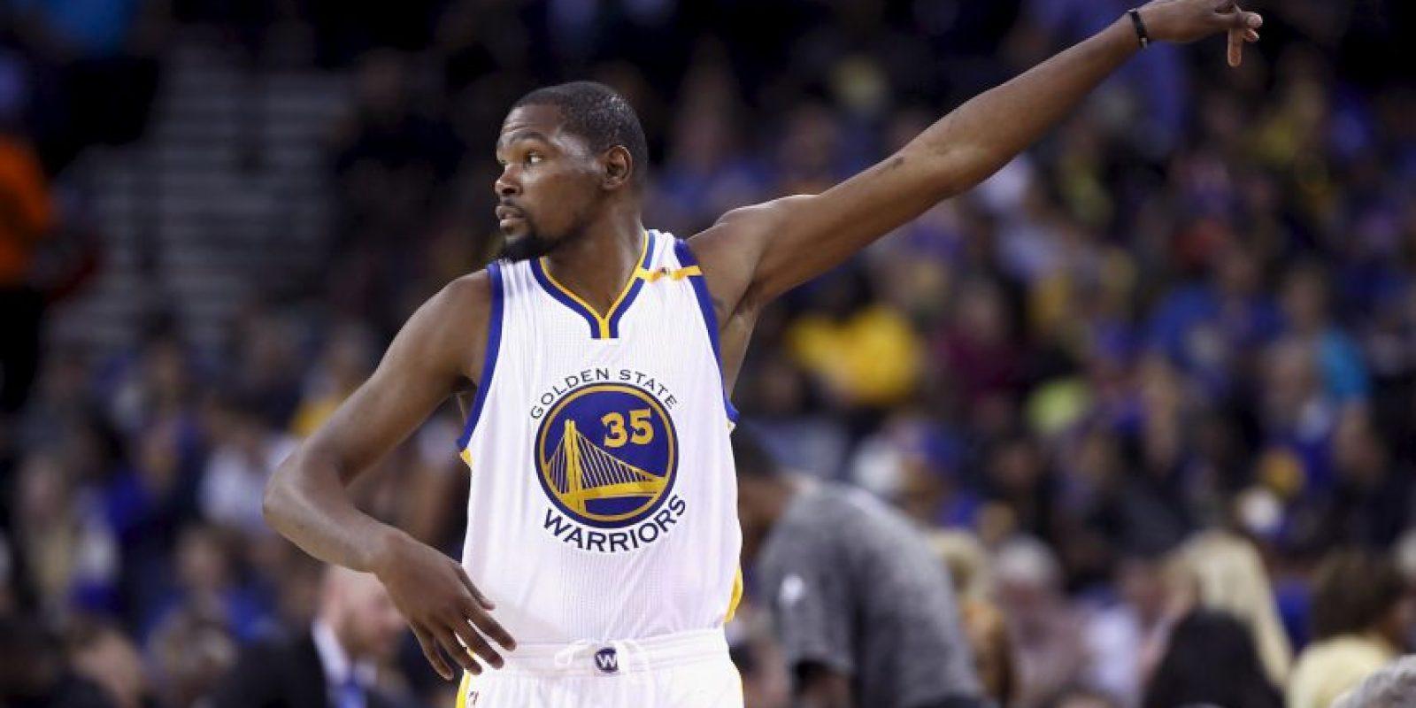 2.-Kevin Durant (28 años-Baloncesto) – 56.2 millones de dólares Foto:Getty Images