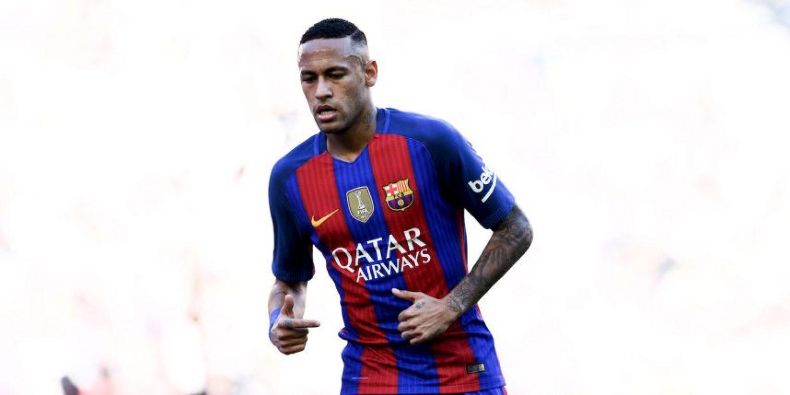 Neymar (FC Barcelona-Brasil): Pieza clave en la delantera de Barcelona, el brasileño ha destacado con goles y asistencias a sus compañeros de la MSN, Suárez y Messi. Además, comandó a Brasil a ganar el título que les faltaba: la medalla de oro en los Juegos Olímpicos Foto:Getty Images