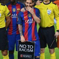 Pitan el himno de la Champions aficionados de Barcelona Foto:Getty Images