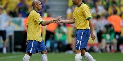 Roberto Carlos le salvó la vida a Ronaldo en el Mundial de Francia 1998 Foto:Getty Images