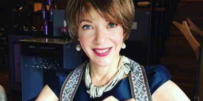 Edith González luce más bella que nunca mientras enfrenta el cáncer