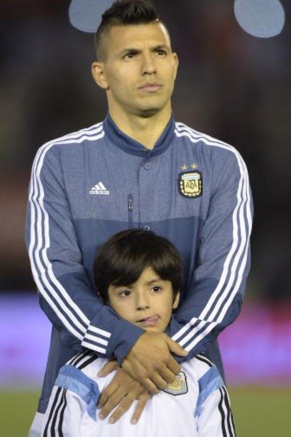 Benjamín es hijo del matrimonio que tuvieron Sergio Agüero y Giannina Maradona. Foto:AFP