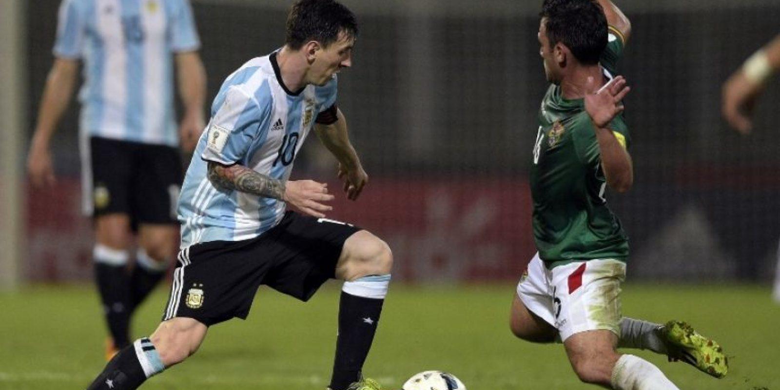 Además jugó ante Bolivia y marcó un tanto en la victoria por 2 a 0. Foto:AFP